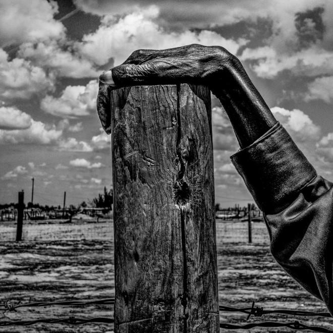 GEOGRAPHY OF POVERTY - MATT BLACKFoto de  Allensworth, en California (EE UU), donde el 54% de la población vive bajo el umbral de la pobreza. La imagen es del reportero Matt Black (© Matt Black - Courtesy FotoEvidence) Ver más en: http://www.20minutos.es/fotos/artes/premio-fotoevidence-2015-11201/?imagen=1#xtor=AD-15&xts=467263
