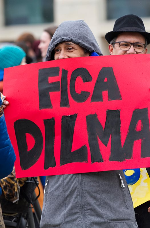 No exterior, os brasileiros  também promoveram o Dia do Fico