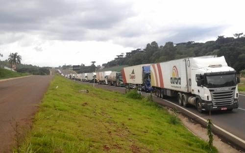 Greve dos caminhoneiros no Paraná