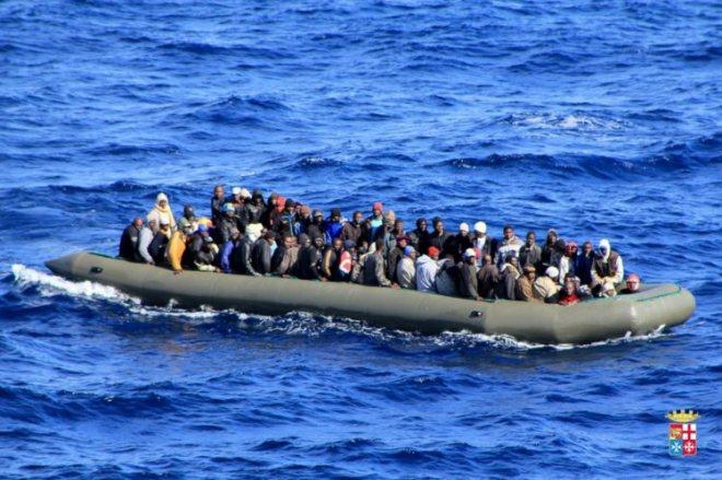 Pelo menos 3419 pessoas morreram este ano a tentar chegar à Europa atravessando o mar, diz ONU.