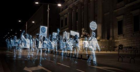 Un instante de la manifestación virtual junto al Congreso de los Diputados