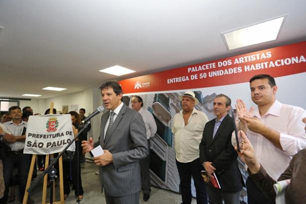 O prefeito de São Paulo, Fernando Haddad, na inauguração do edifício Palacete dos Artistas, em 12 de dezembro de 2014. Fotos Fabio Arantes