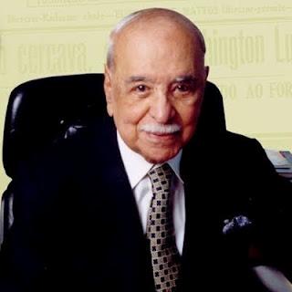 Roberto Marinho ainda estava à frente da Globo em 1999, quando a FIFA negociou os direitos de transmissão dos Mundiais de 2002 e 2006.