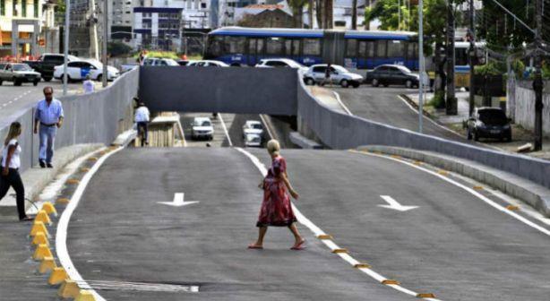 Governar o Recife é construir os caminhos do shopping