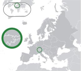 Localização de Liechtenstein (em verde) No continente europeu (em cinza-escuro)