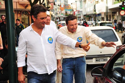 Aécio Neves e Napoleão Bernardes (PSDB-SC), prefeito de Blumenau e irmão da Juíza Célia Regina